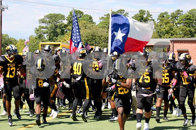 10/7/17 Tyler Junior College Football vs Navarro College - Fall Family Weekend by Jim Bauer