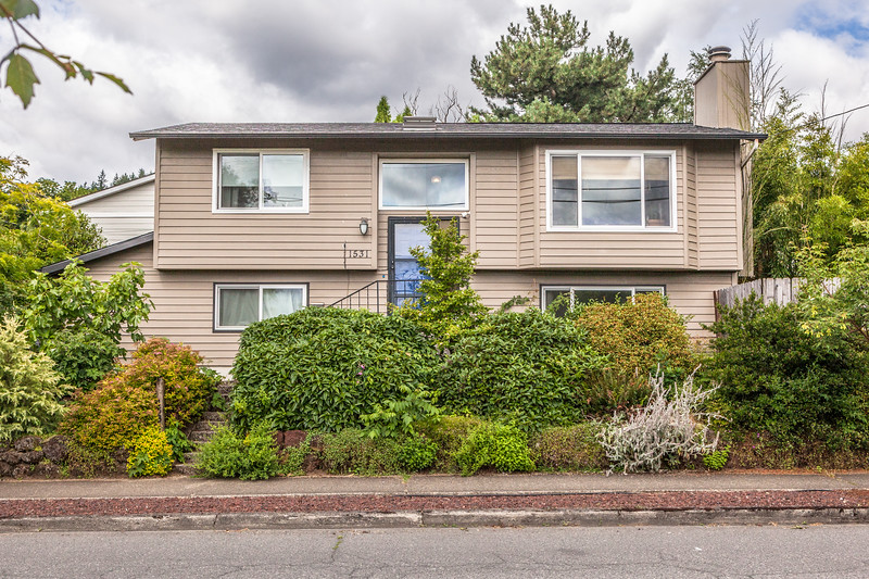 1531 SE 76th Ave, Portland OR