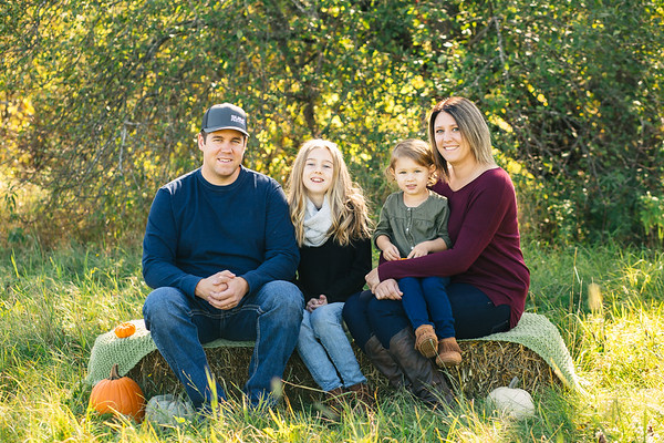 FALL MINI SESSIONS-The McKnights [For Missy]