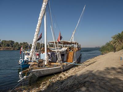 Dahabiya Cruise