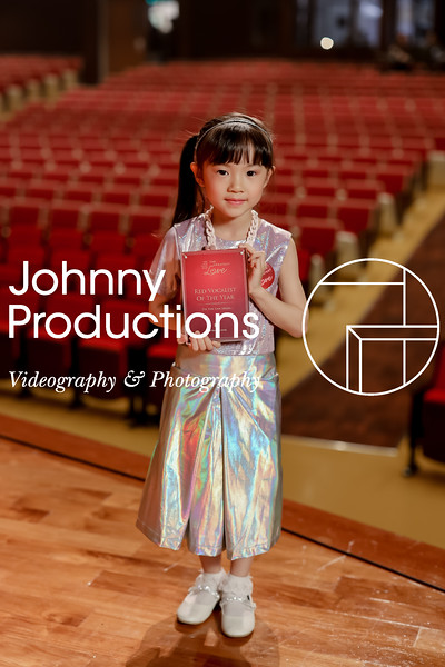 0054_day 1_award_red show 2019_johnnyproductions.jpg