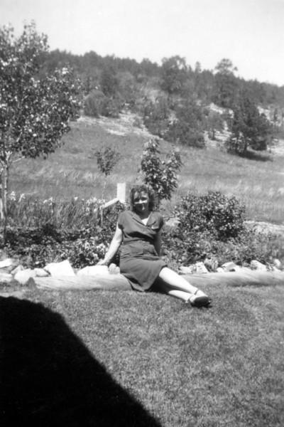 Mom 104.jpg