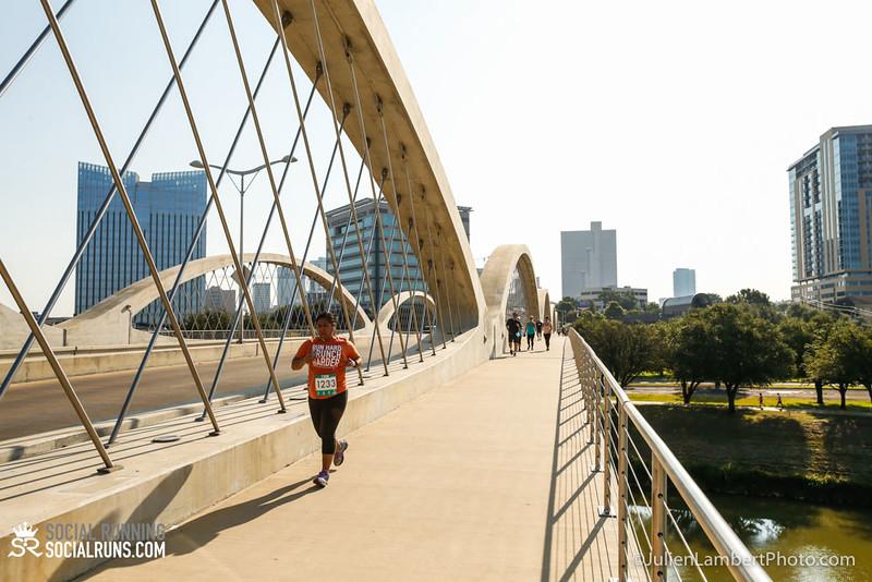 Fort Worth-Social Running_917-0614.jpg