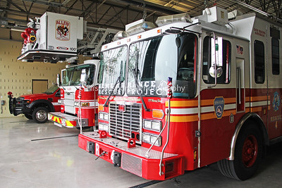 FDNY Rescue 4 visits Allen,TX.