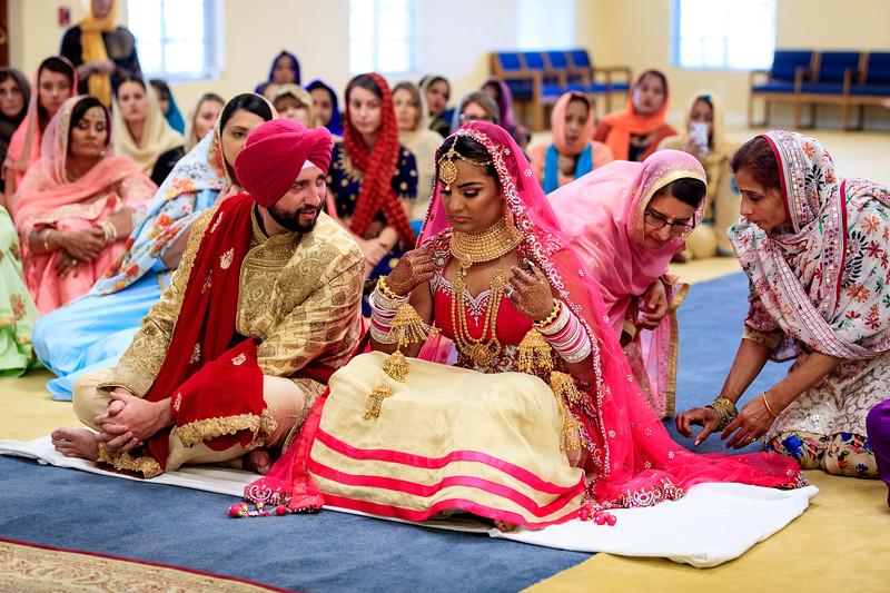 Neelam_and_Matt_Gurdwara_Wedding-1355.jpg