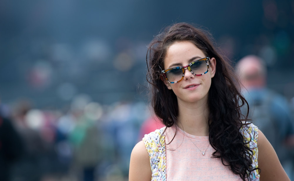 . Kaya Scodelario posese on the main stage on day 4 of The Isle of Wight Festival at Seaclose Park on June 24, 2012 in Newport, Isle of Wight. (Photo by Samir Hussein/Getty Images)