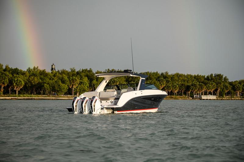 2021-SLX-R-400-e-Outboard-profile-05.jpg