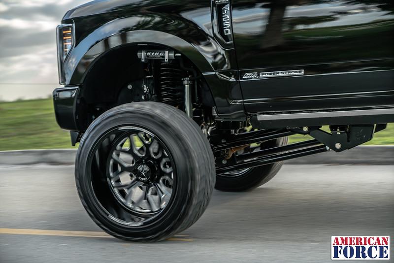 Robbie-Weir-Black-2017-Ford-F250-24x14-Machined-Black-SPRINT-CC8-@BFNTrucks-WEB-180201-DSC00588-54.jpg