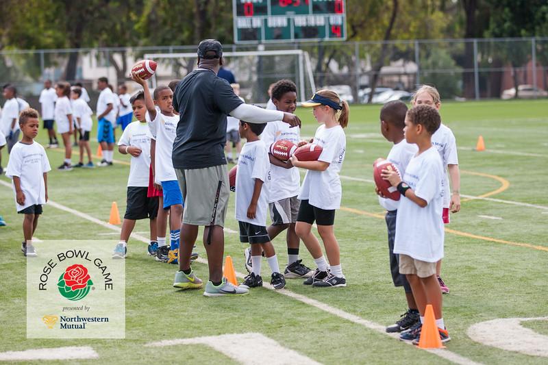 2015 Rosebowl Youth Football Clinic_0200.jpg
