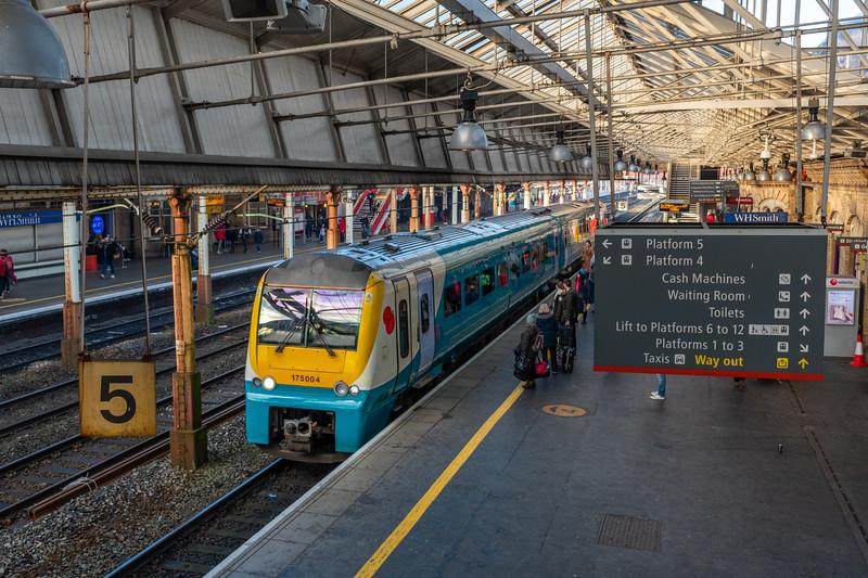 TfW 175004, Crewe