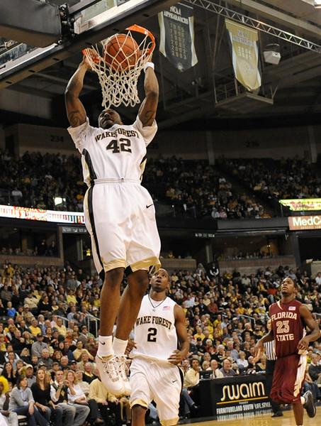 Williams dunk 01.jpg