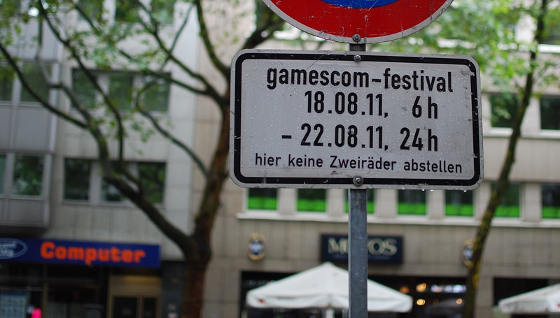 GamesCom 2011 sign