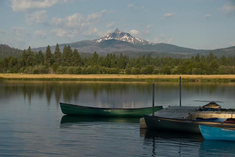 canoes_KTKDSC7325.jpg
