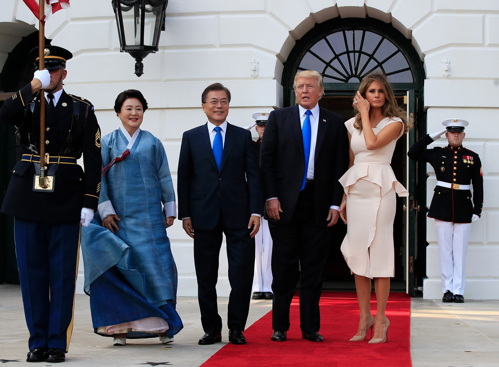 . President Donald Trump and first lady Melania Trump welcome South Korean President Moon Jae-in and his wife Kim Jung-sook on the South Portico at the White House in Washington, Thursday, June 29, 2017. Trump and the first lady are hosting Moon and his wife for dinner. (AP Photo/Manuel Balce Ceneta)