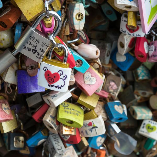 Love locks on fence, Namsan Park, Namsan Mountain, Seoul, South Korea