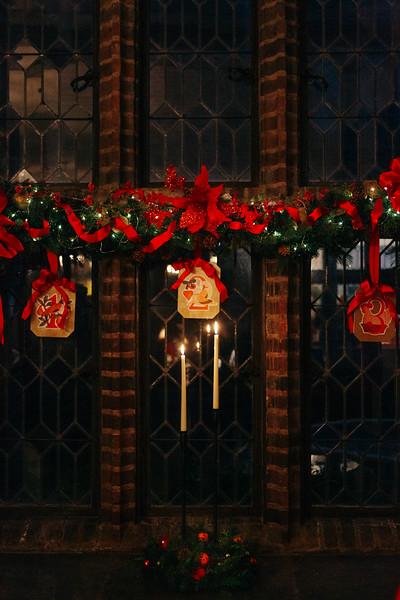 Mike Maney_Heritage Conservancy Christmas at Aldie 2018-55.jpg