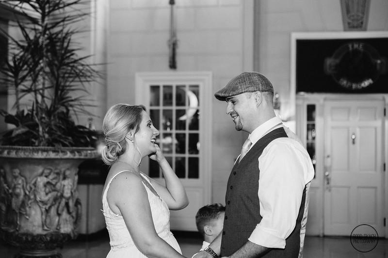 Joey_Ian_Mt_Washington_Wedding_Pittsburgh_PA-26.jpg
