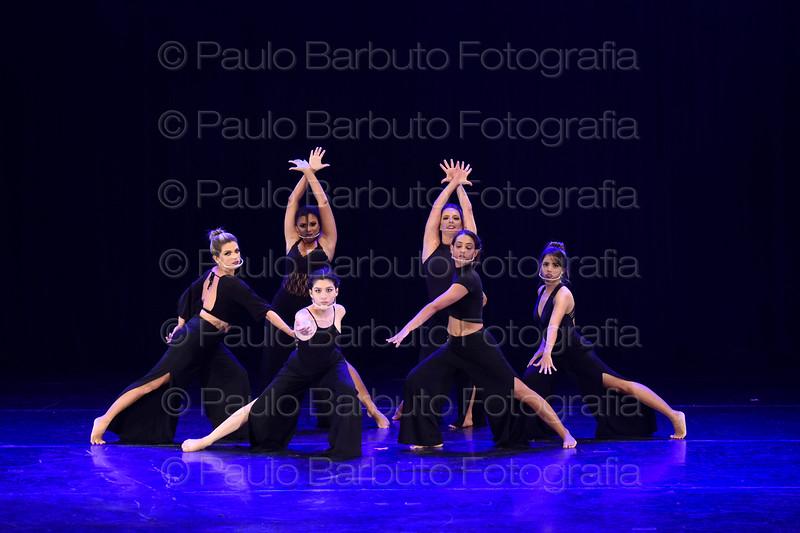 Jazz Adulto (Profª Fernanda Terra)