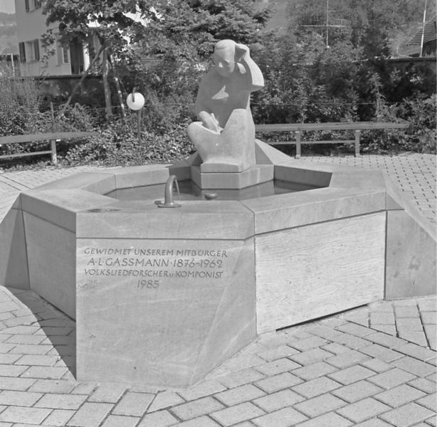 Der Gassmann-Brunnen in Buchs