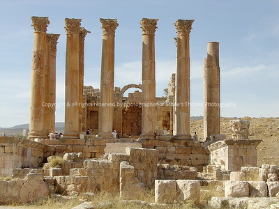031-ruins-jerash_jordan-26oct03-0007