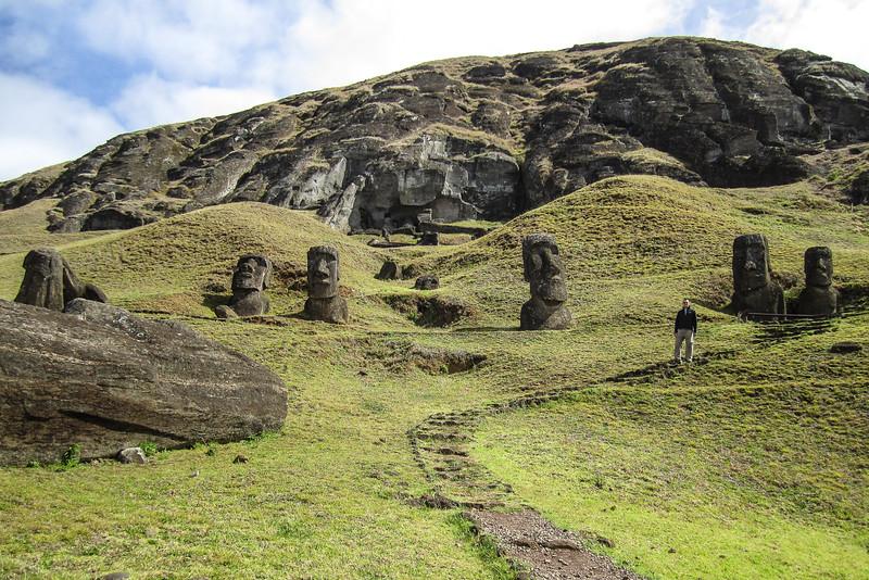 easter-island-statues-moai-heads.jpg