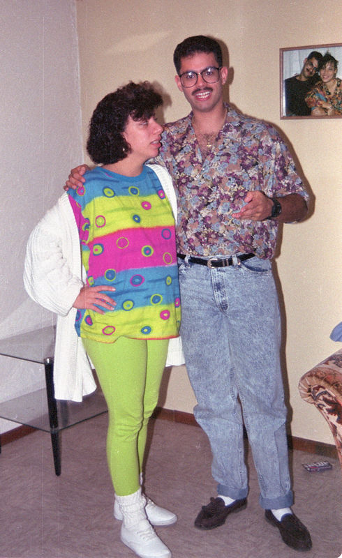1992 04 25 - Going away party 07.jpg