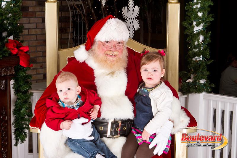 Santa Dec 8-109.jpg