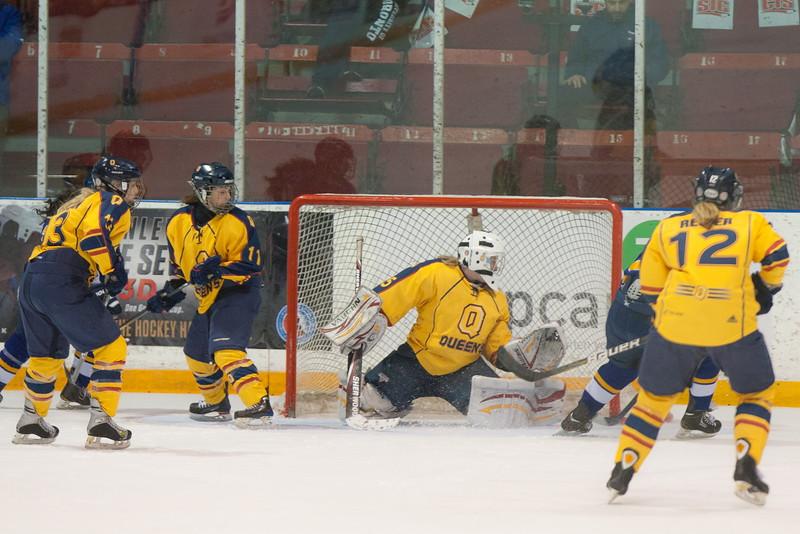 20130310 QWHockeyvsUBC 476.jpg