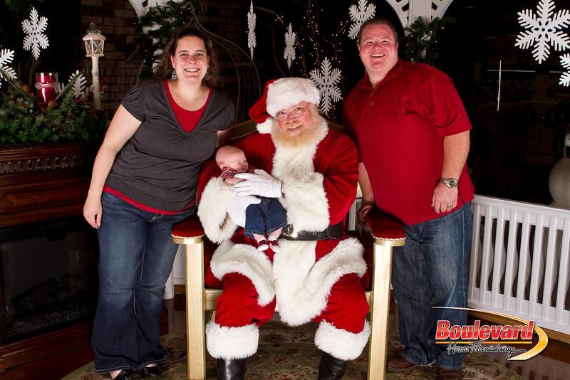 Santa Dec 15-326.jpg