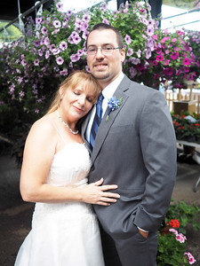 Leslie & Jared Married!