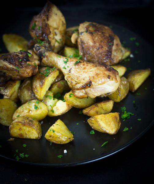 greek lemon chicken header 2.jpg