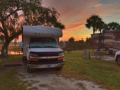2014   COACHMAN 220 LE . PICS AND VACATIONS