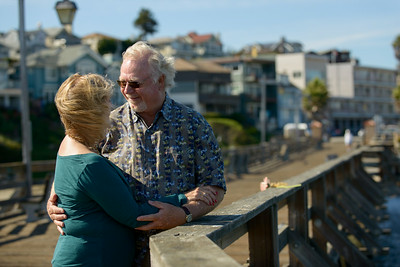 6520_d800b_Michael_and_Rebecca_Capitola_Wharf_Couples_Photography