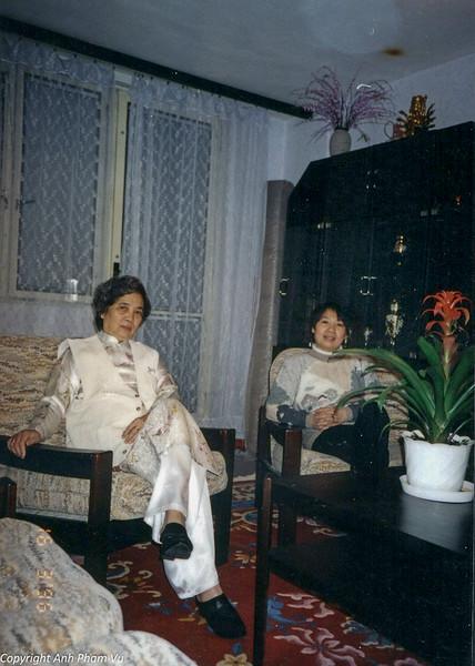 Ba Tan Visit 90s 35.jpg