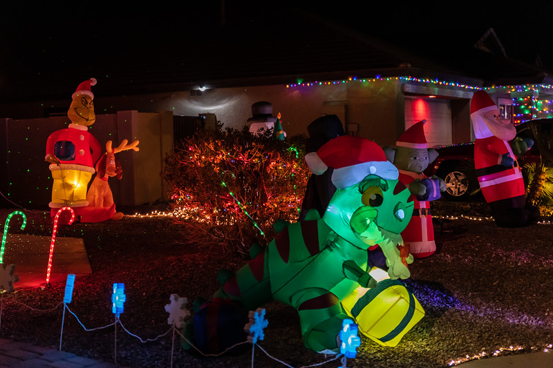 Christmas Lights in the Neighborhood  December 19, 2020  03_.jpg