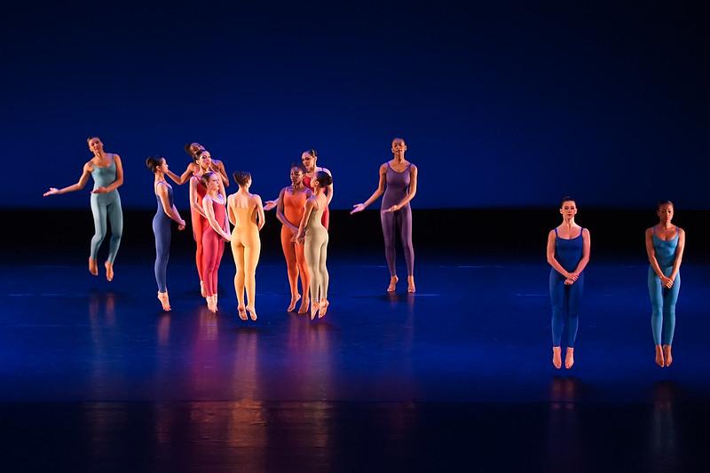 LaGuardia Graduation Dance Friday Performance 2013-17.jpg