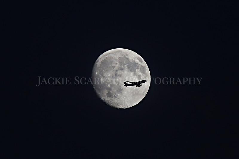 moonplane.jpg