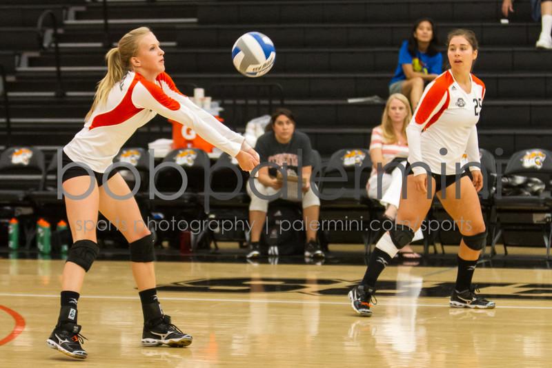 Oxy Women's Volleyball vs La Verne 9-29-12