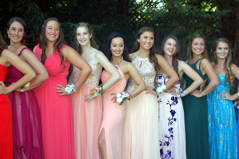 2014-05-10-0041-Pre-Party at Duke's-Elaine's High School Prom-Ladies Lineup by Color-Elaine.jpg