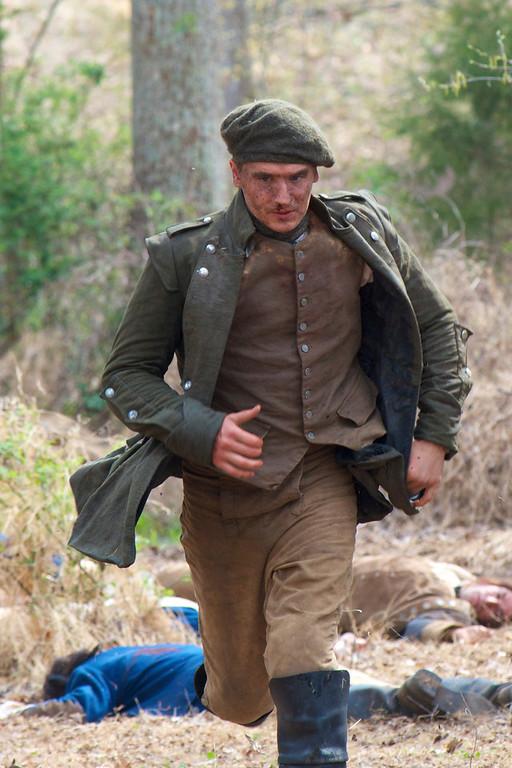". Ben Talmadge (Seth Numrich) in \""Turn\"" Season 1, Episode 1 (Photo by Antony Platt/AMC)"