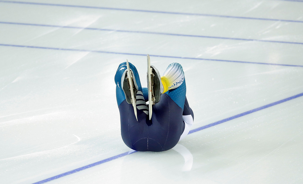 . Australia\'s Daniel Greig crashes in the first heat of the men\'s 500-meter speedskating race at the Adler Arena Skating Center during the 2014 Winter Olympics, Monday, Feb. 10, 2014, in Sochi, Russia. (AP Photo/Patrick Semansky)