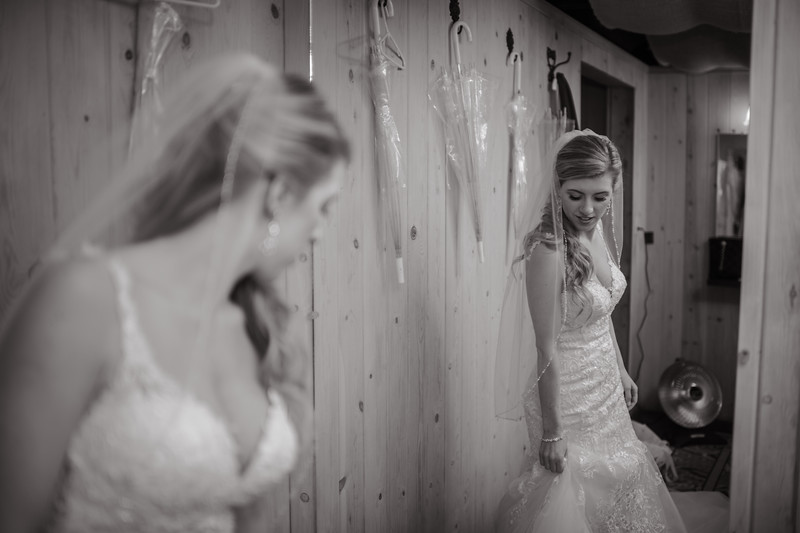 Seattle Wedding Photographer-668.jpg