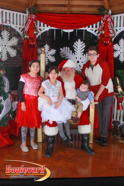 Santa 12-10-16-424.jpg