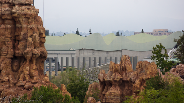 Disneyland Resort, Disneyland, Adventureland, Tarzan, Treehouse, Star Wars Land, Construction