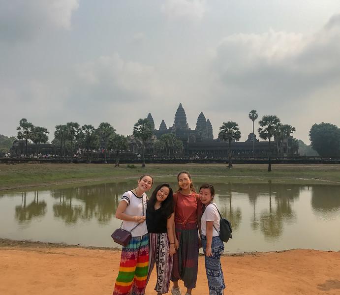 Cambodia Service 2018-8575.jpg