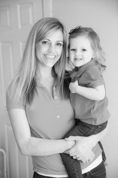 2014.03.30 Whitney Kronforst Newborn Photos B-W 57.jpg