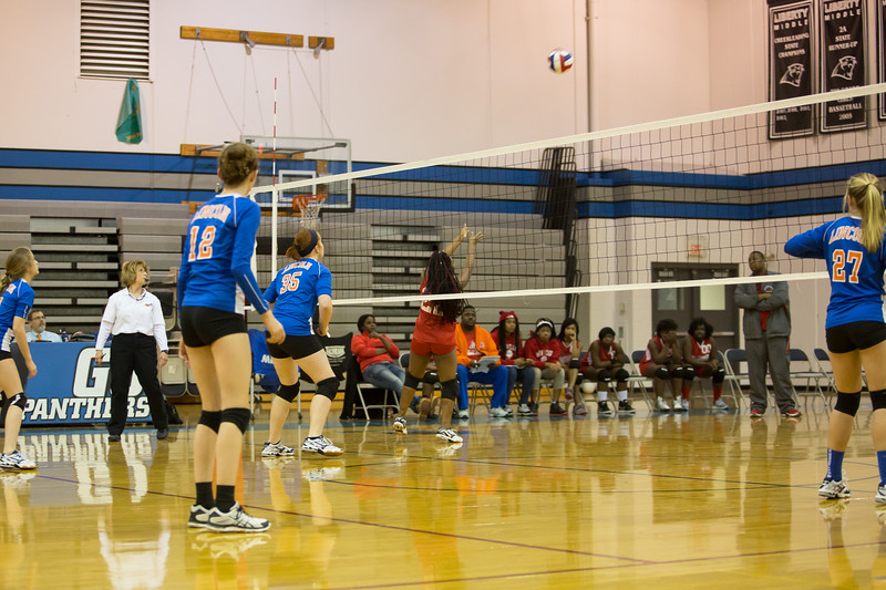 MC Volleyball-8846.jpg