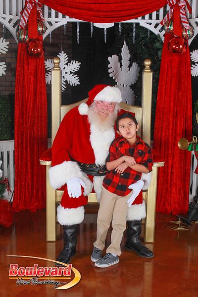 Santa 12-10-16-225.jpg
