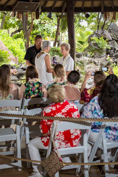 039__Hawaii_Destination_Wedding_Photographer_Ranae_Keane_www.EmotionGalleries.com__141018.jpg