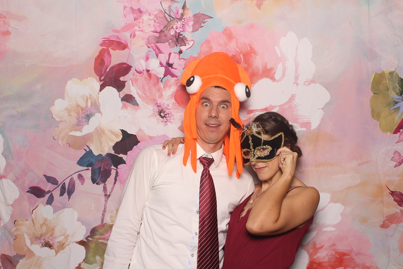 MangoStudios_Photobooth_Catherine and Sean144.jpg